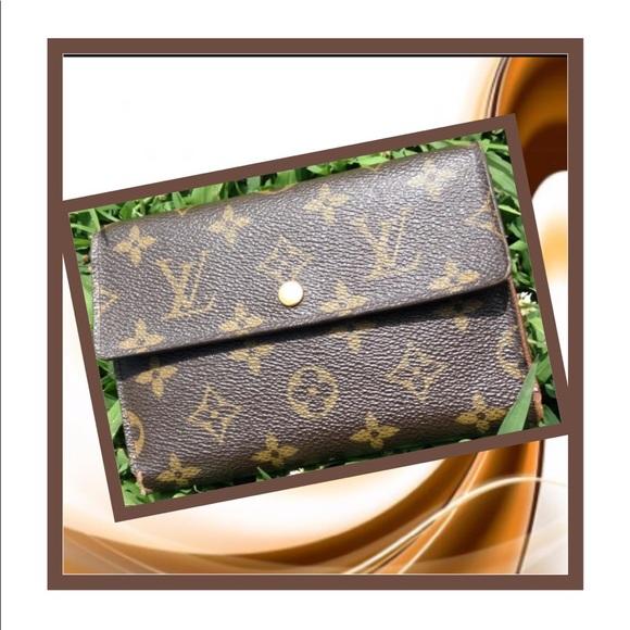 Louis Vuitton Handbags - Authentic Louis Vuitton Etui Papiers Trifold